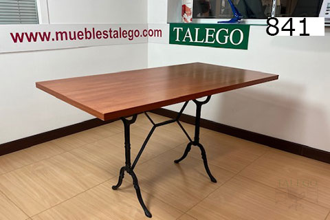 mesa de bar grande en forja segunda mano