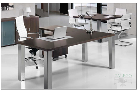Mesa con ala de la serie sendata con estructura metálica