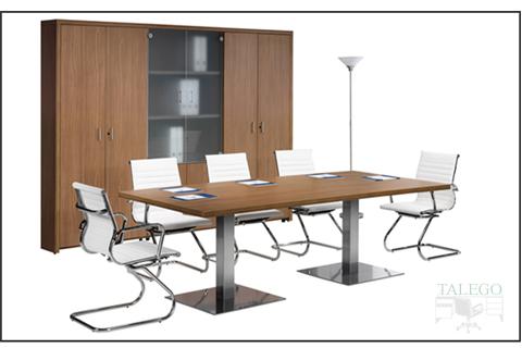 Mesa de Juntas rectangular con peanas metálicas y tablero de nogal americano