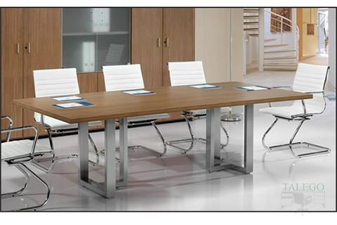 Mesa de Juntas serie Volgata con patas en cuadro