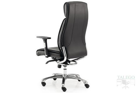 Vista trasera sillón modelo moscuta tapizado en polipiel negro
