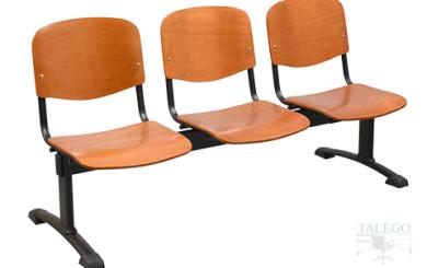 Bancada de tres plazas modelo aries con asiento y respaldo en madera de haya barnizada