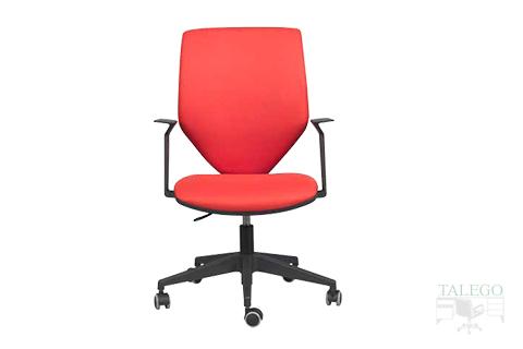 vista frontal de silla operativa con brazos modelo pegaso