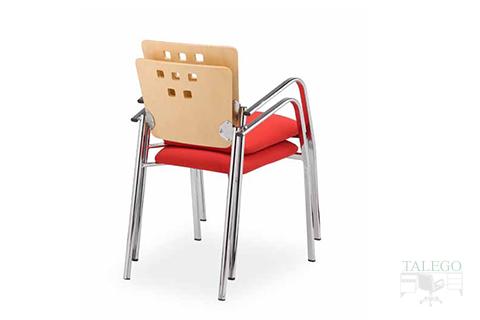 Vista trasera silla fija de oficina modelo selene tapizada en tela roja