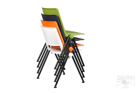 vista en apilamiento de la silla modelo star en varios colores pvc