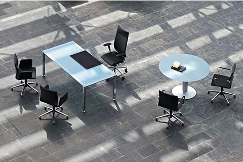 Mesa Despacho y Mesa de Juntas Vital con encimeras de Cristal