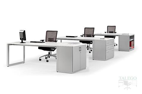 Combinación de armarios Blog como remate de mesas de la Vital Plus Blancas