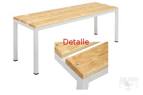 Detalle listones de madera en banco de vestuario