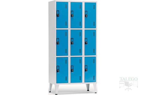 Consigna de seis puertas en azul combinado con gris