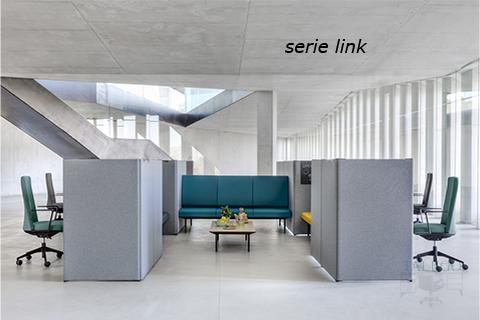 Sala de estar separado de puestos de trabajo mediante divisorias modelo link