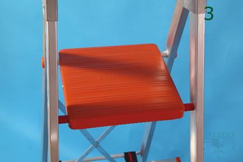 Detalle de la tarima antideslizante en escaleras ex elegance