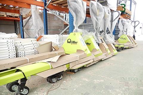 Trasnspaleta para transporte de cargas pramac