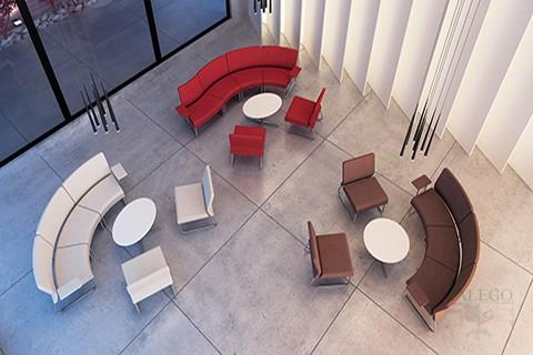 Sala de estar formada por modulos do slastic en varios colores