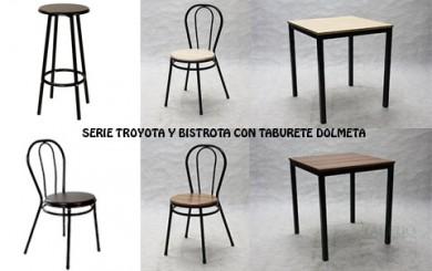 Mesa sillas y taburete de bar
