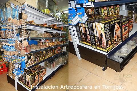 Montaje de estanterias de comercio en tienda