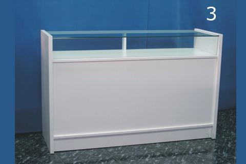 Vista frontal de mostrador em modelo 3 acabado en blanco