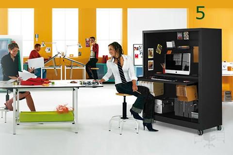 Utilización del armario de persiana como puesto informatico movil