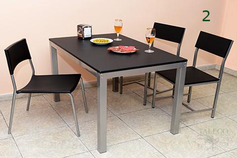conjunto de Mesa Milanota y sillas modelo bali en negro