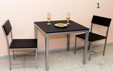 Conjunto de Mesas y sillas del Modelo Milanota