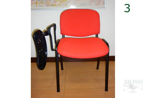 silla de pala se tapizada en rojo con pala abatible